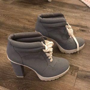 Beautiful shoes worn twice